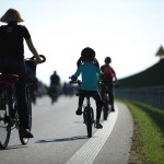 Jak bezpiecznie jeździć rowerem