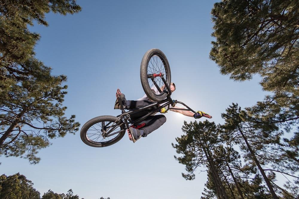 Dłuższa wycieczka tylko na rowerze trekkingowym.