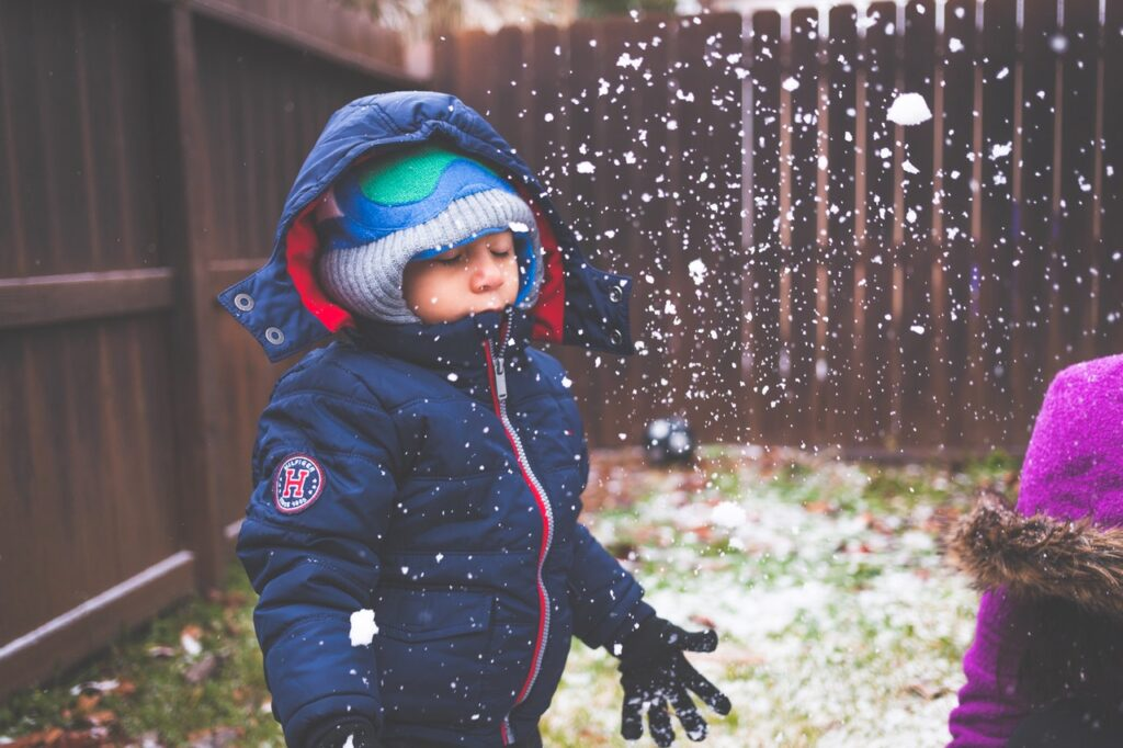 Dlaczego warto wysłać dziecko na zimowisko?